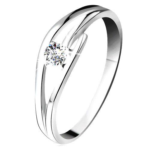 Prsteň z bieleho zlata 585 s trblietavým diamantom