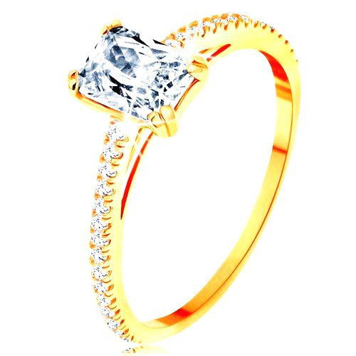 Prsteň zo žltého 14K zlata - vystupujúci zirkónový obdĺžnik