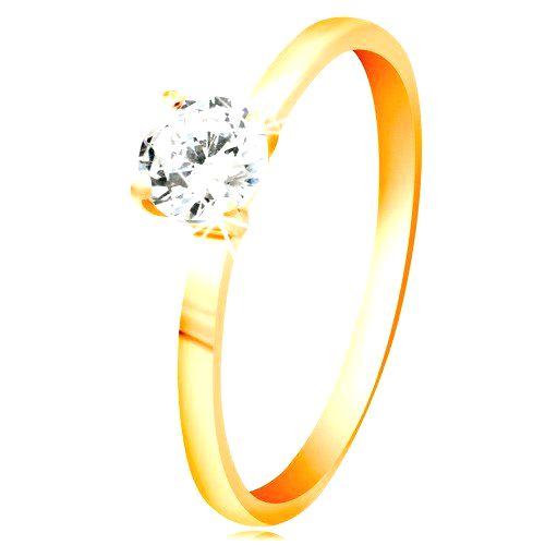 Prsteň zo žltého 14K zlata - žiarivý číry zirkón v lesklom vyvýšenom kotlíku - Veľkosť: 65 mm