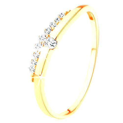 Prsteň zo žltého 9K zlata - hladká vlnka s čírym zirkónom