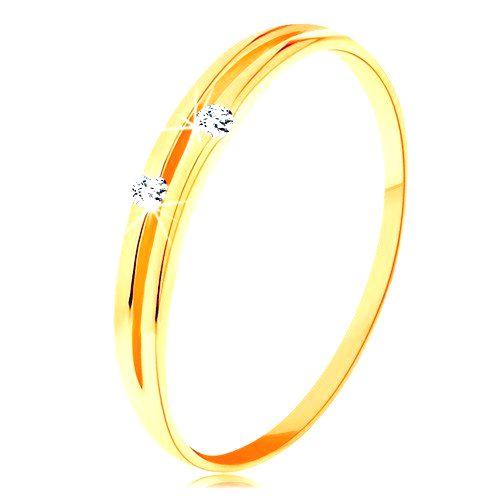 Zlatý prsteň 585 - lesklé hladké ramená s úzkym výrezom a zirkónikmi - Veľkosť: 65 mm