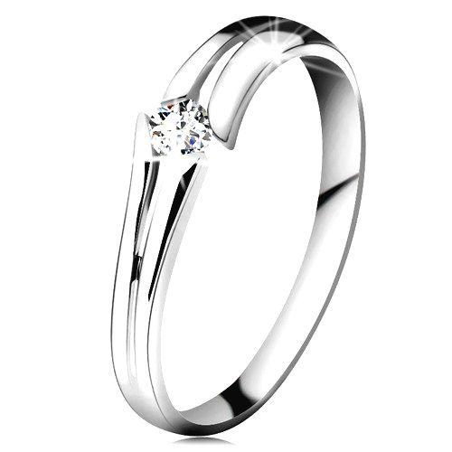 Zlatý prsteň 585 so žiarivým čírym briliantom