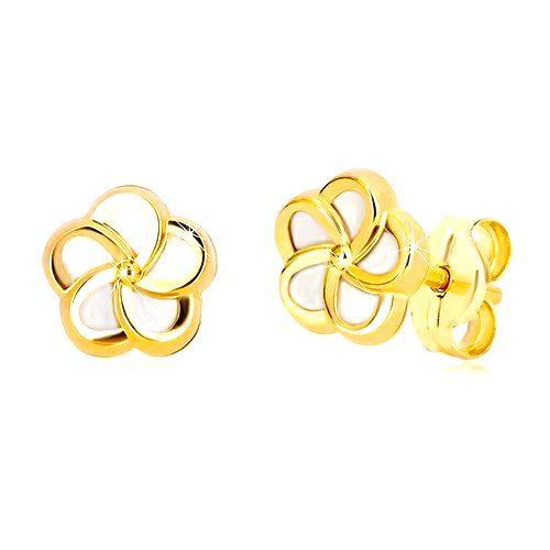 Puzetové náušnice v žltom 14K zlate - kvietok s piatimi lupeňmi a perleťou